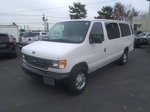 2000 Ford E-350 for sale at Wilson Investments LLC in Ewing NJ