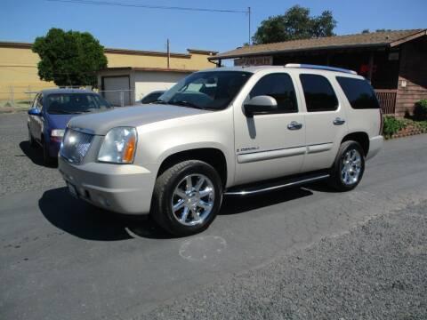 2007 GMC Yukon for sale at Manzanita Car Sales in Gridley CA
