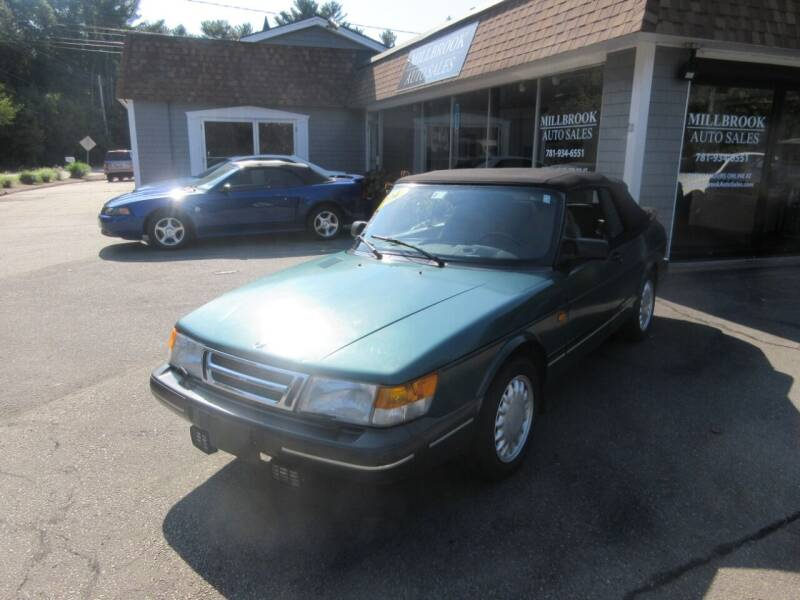 1994 Saab 900 for sale at Millbrook Auto Sales in Duxbury MA