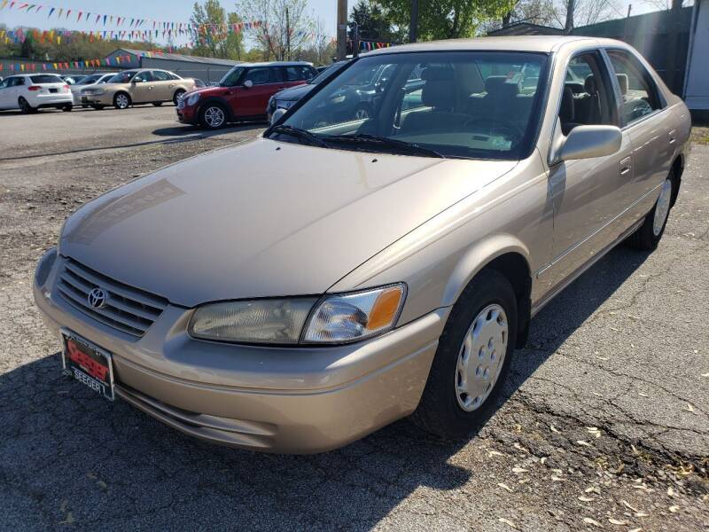1998 Toyota Camry for sale at BBC Motors INC in Fenton MO