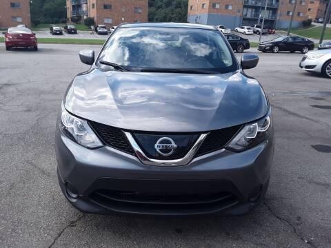 2019 Nissan Rogue Sport for sale at Auto Villa in Danville VA