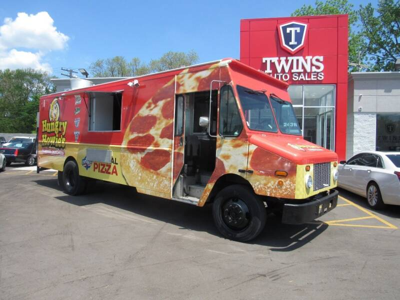 2002 Freightliner MT45 Chassis for sale at Twins Auto Sales Inc - Detroit in Detroit MI