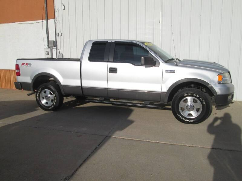 2005 Ford F-150 for sale at Parkway Motors in Osage Beach MO