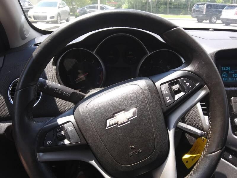 2012 Chevrolet Cruze LT 4dr Sedan w/2LT - Pleasant View TN