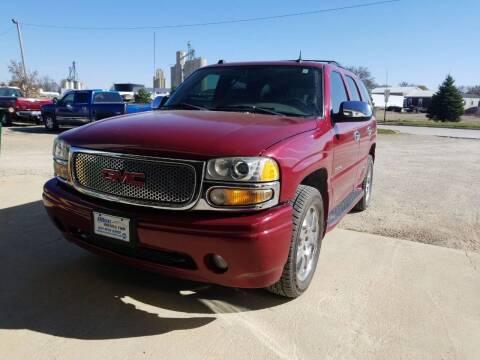 2004 GMC Yukon for sale at Allen Auto & Tire in Britt IA