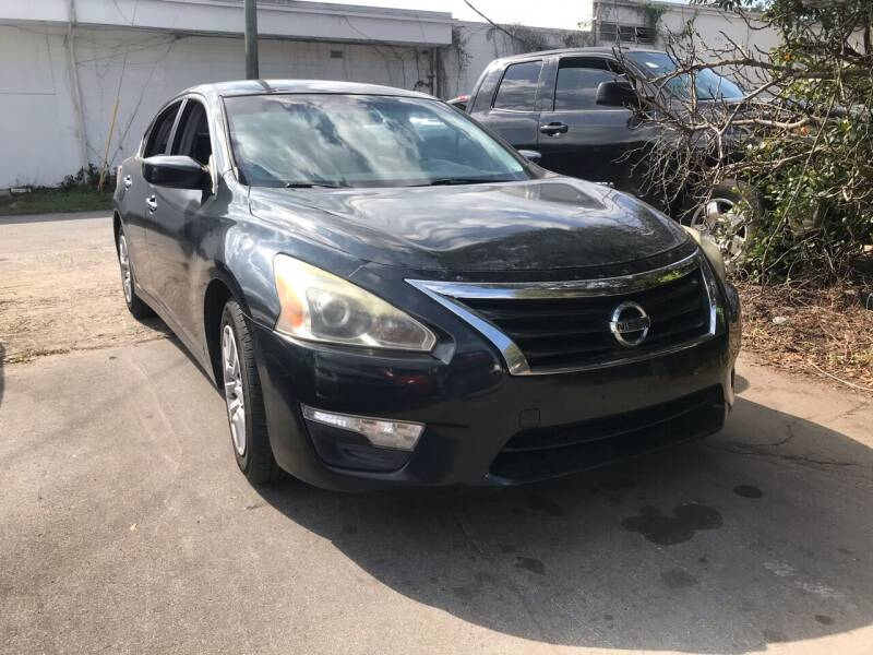 2013 Nissan Altima for sale at Popular Imports Auto Sales in Gainesville FL