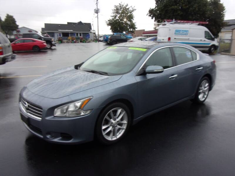 2011 Nissan Maxima for sale at Ideal Auto Sales, Inc. in Waukesha WI