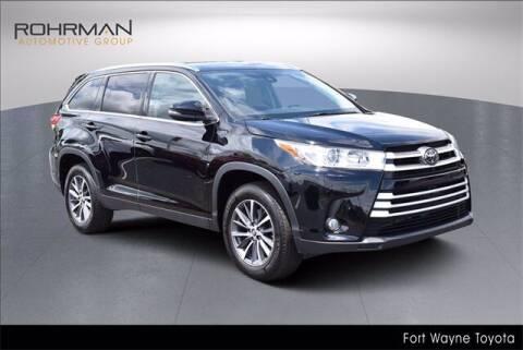 2019 Toyota Highlander for sale at BOB ROHRMAN FORT WAYNE TOYOTA in Fort Wayne IN