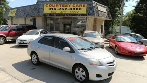 2007 Toyota Yaris for sale at Courtesy Cars in Independence MO