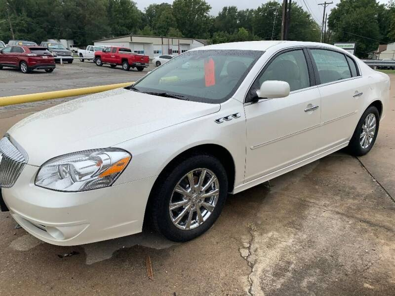 2011 Buick Lucerne for sale at GRC OF KC in Gladstone MO