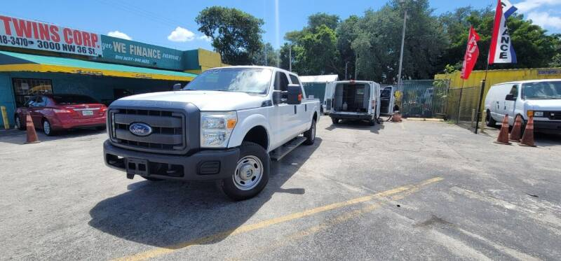 2015 Ford F-250 Super Duty for sale at H.A. Twins Corp in Miami FL