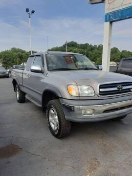 2000 Toyota Tundra for sale at Bates Auto & Truck Center in Zanesville OH