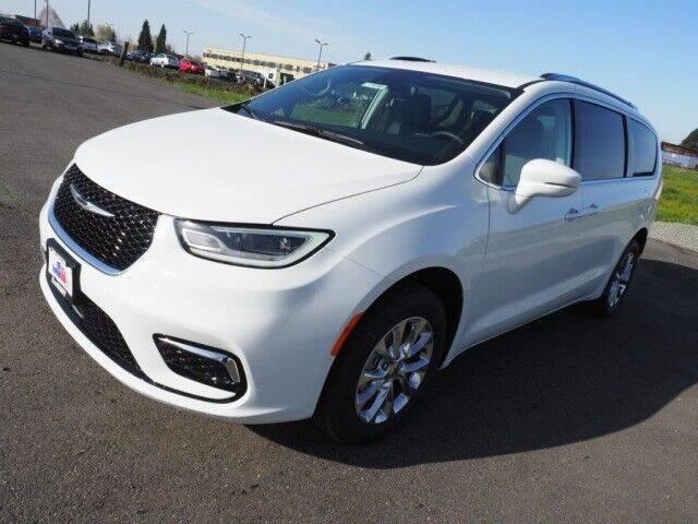2021 Chrysler Pacifica for sale at Karmart in Burlington WA