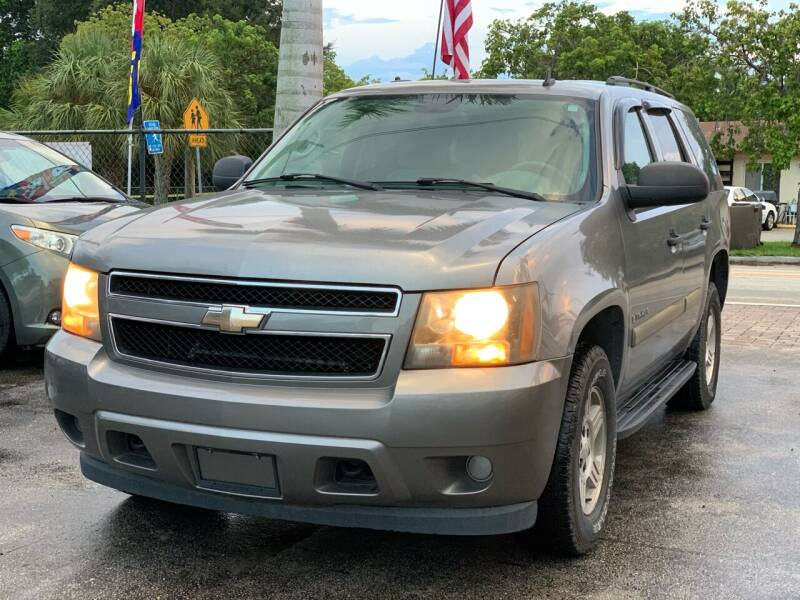 2008 Chevrolet Tahoe for sale at Citywide Auto Group LLC in Pompano Beach FL