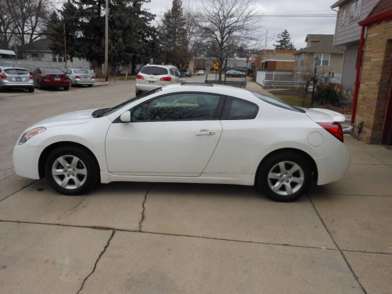 2009 Nissan Altima for sale at Grand River Auto Sales in River Grove IL