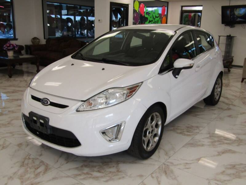 2011 Ford Fiesta for sale at Dealer One Auto Credit in Oklahoma City OK