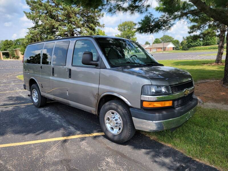 2013 Chevrolet Express Passenger for sale at Tremont Car Connection in Tremont IL