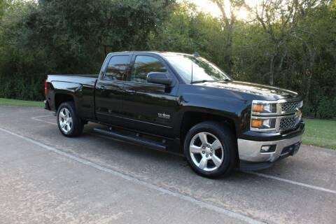 2015 Chevrolet Silverado 1500 for sale at Clear Lake Auto World in League City TX