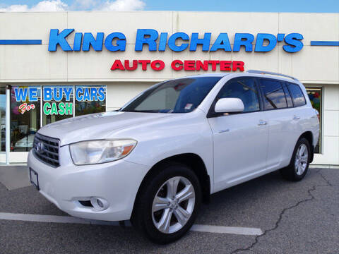 2009 Toyota Highlander for sale at KING RICHARDS AUTO CENTER in East Providence RI