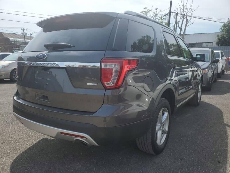 2017 Ford Explorer AWD XLT 4dr SUV - Freeport NY