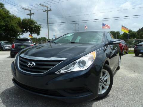 2014 Hyundai Sonata for sale at Das Autohaus Quality Used Cars in Clearwater FL