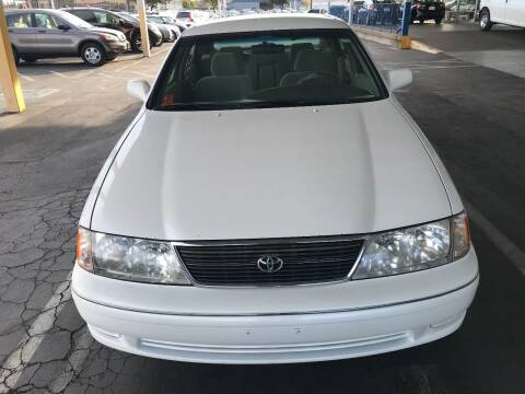 1998 Toyota Avalon for sale at Auto Outlet Sac LLC in Sacramento CA