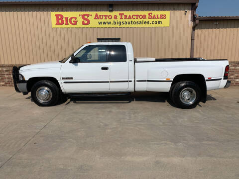 1998 Dodge Ram Pickup 3500 for sale at BIG 'S' AUTO & TRACTOR SALES in Blanchard OK