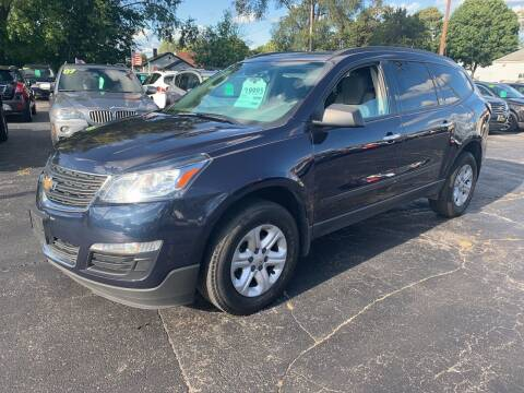 2017 Chevrolet Traverse for sale at PAPERLAND MOTORS in Green Bay WI