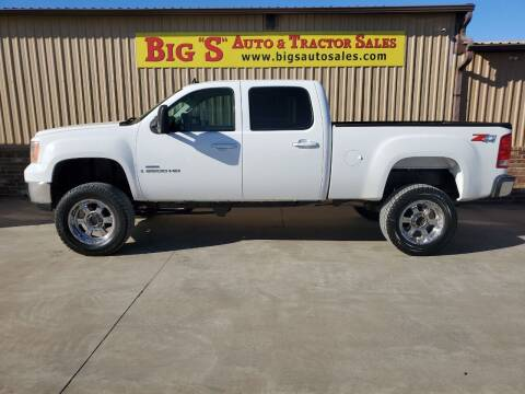 2008 GMC Sierra 2500HD for sale at BIG 'S' AUTO & TRACTOR SALES in Blanchard OK