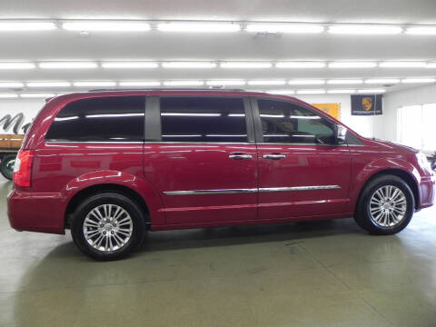 2014 Chrysler Town and Country for sale at Car Now in Mount Zion IL