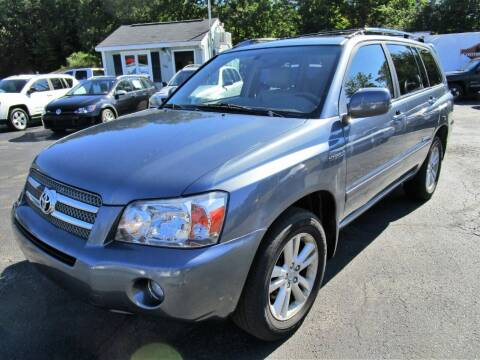 2006 Toyota Highlander Hybrid for sale at Route 12 Auto Sales in Leominster MA