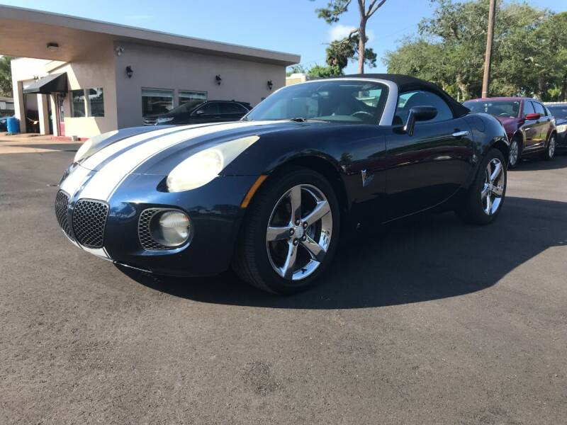 2007 Pontiac Solstice for sale at AutoVenture in Holly Hill FL