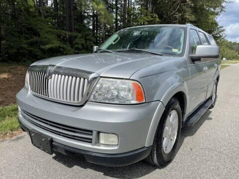 2006 Lincoln Navigator for sale at H&C Auto in Oilville VA