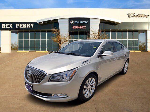 2016 Buick LaCrosse for sale at AutoJacksTX.com in Nacogdoches TX