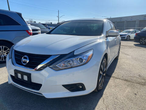 2018 Nissan Altima for sale at Unique Auto Group in Indianapolis IN