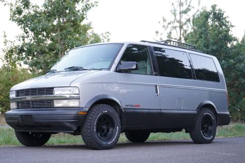 1997 Chevrolet Astro for sale at Overland Automotive in Hillsboro OR