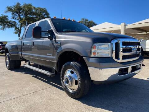 2006 Ford F-350 Super Duty for sale at Thornhill Motor Company in Hudson Oaks, TX