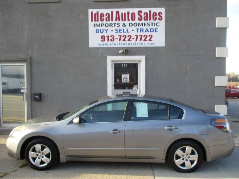 2008 Nissan Altima for sale at Ideal Auto in Kansas City KS