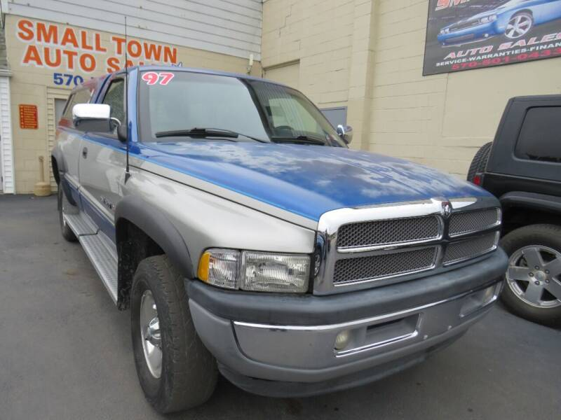 1997 Dodge Ram Pickup 1500 for sale at Small Town Auto Sales in Hazleton PA