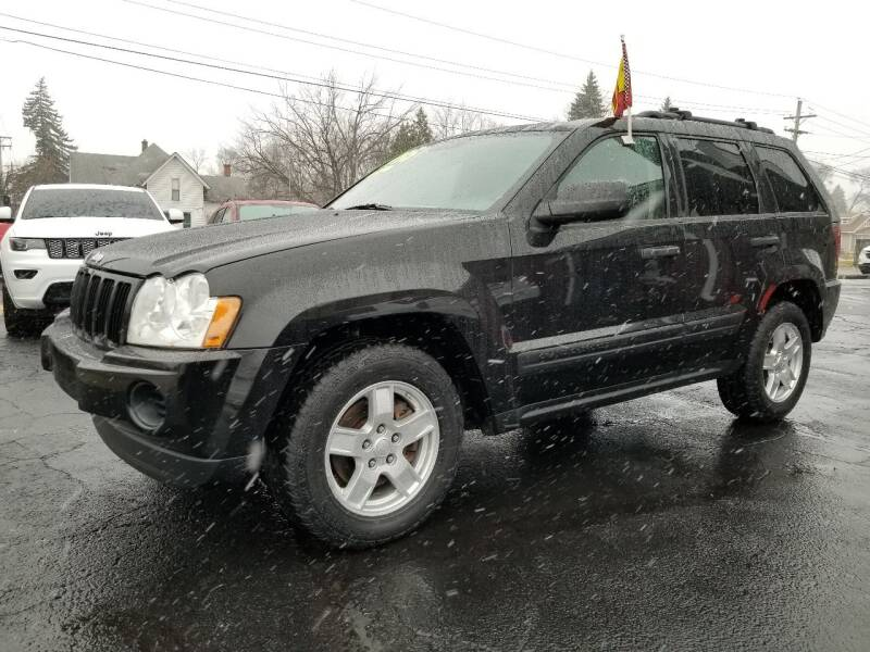 2005 Jeep Grand Cherokee for sale at DALE'S AUTO INC in Mt Clemens MI