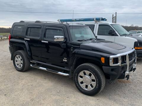2007 HUMMER H3 for sale at SAVORS AUTO CONNECTION LLC in East Liverpool OH