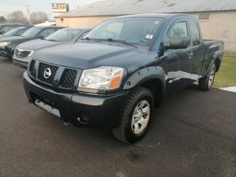 2007 Nissan Titan for sale at KRIS RADIO QUALITY KARS INC in Mansfield OH