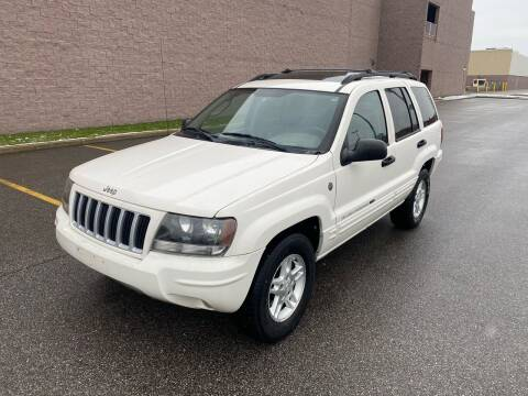 2004 Jeep Grand Cherokee for sale at JE Autoworks LLC in Willoughby OH