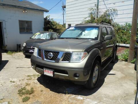2005 Nissan Pathfinder for sale at Mountain Auto in Jackson CA
