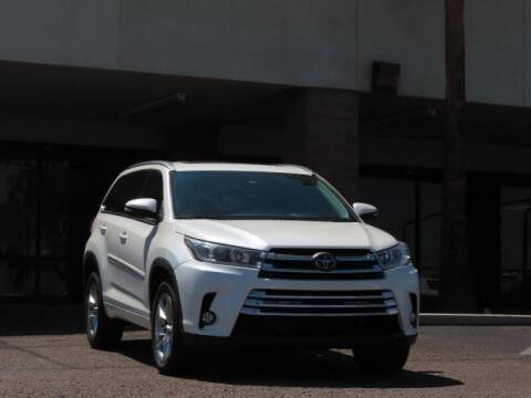 2018 Toyota Highlander for sale at Jay Auto Sales in Tucson AZ
