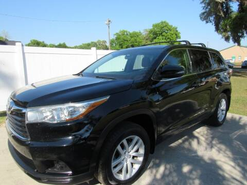 2015 Toyota Highlander for sale at D & R Auto Brokers in Ridgeland SC