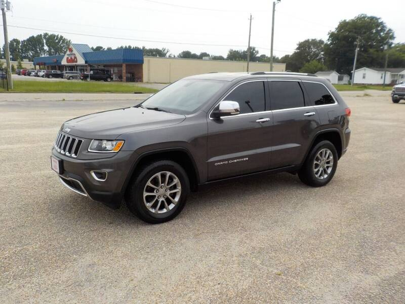 2015 Jeep Grand Cherokee for sale at Young's Motor Company Inc. in Benson NC