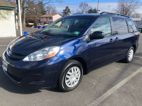 2007 Toyota Sienna for sale at EZ Auto Sales , Inc in Edison NJ
