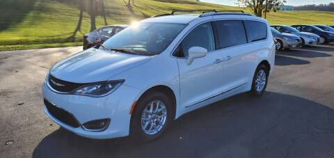 2020 Chrysler Pacifica for sale at Gallia Auto Sales in Bidwell OH