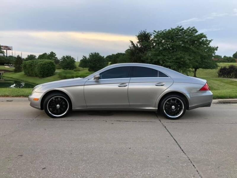 2006 Mercedes-Benz CLS for sale at Q and A Motors in Saint Louis MO